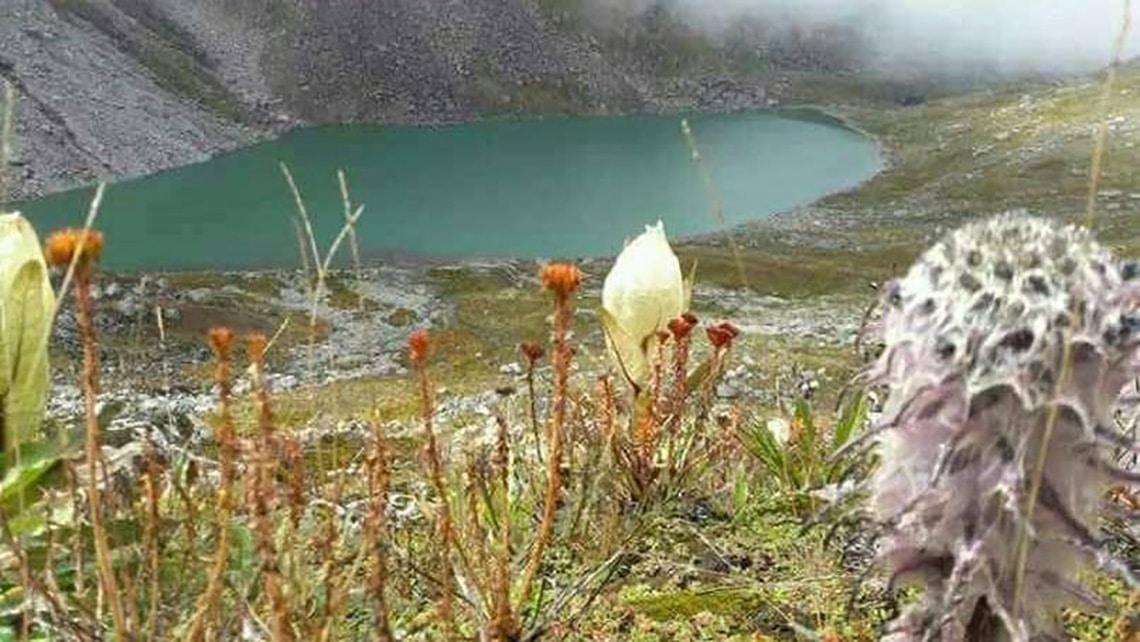 Sona-Sikhar-Lake